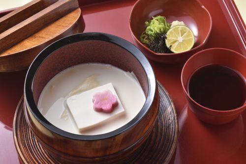 妙心寺退蔵院 初春のお食事付き特別拝観「初夢の会」