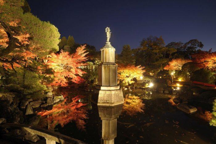 知恩院 秋のライトアップ2019(夜間特別拝観)