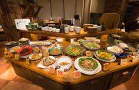 【元気になる農場レストラン モクモク 京都店】 伊賀にある農場から届く野菜や手作りの加工品。休日の朝はゆっくり&栄養たっぷりのモーニング!