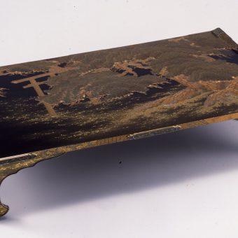 泉屋博古館 「うるしの彩り―漆黒と金銀が織りなす美の世界―」