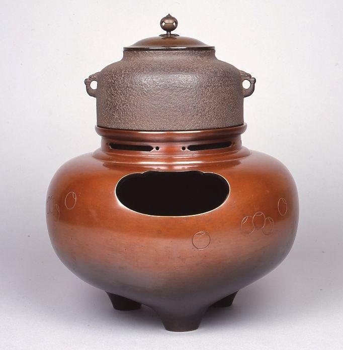 茶道資料館 茶道資料館 平成30年新春展 「茶の湯釜とその周辺-裏千家歴代の好み物を中心に」