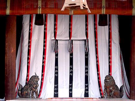まいまい京都 【御所】歴代天皇が住まわれた「御所」、宮廷文化の粋をめぐる
