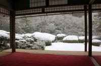 雪の朝、詩仙堂へ。