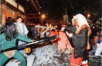 【吉田神社の節分祭】 鬼を信じる子どもたちは興味津々?!それとも怖い?! 京都で節分といえば吉田神社の節分祭へ