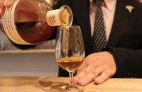 日本に昼飲み文化を! 世界のお酒がお手頃価格で楽しめる【お酒の美術館】