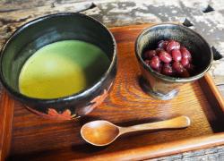 冬の京都は『紅葉庵』でほっとひと時 〜ふっくら艶やかなあずきと、ほっこりお抹茶を〜