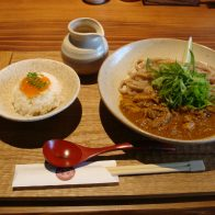 京町屋でいただく「かしわキーマうどん」と「京スイーツ豆華」の「京都四条 くをん」四条新町に12月10日(月)オープン!