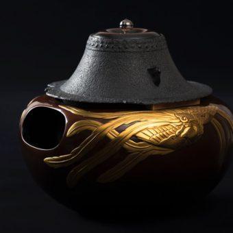 大西清右衛門美術館 平成31年春季企画展 大賀によせて-豊寿(とよほぎ)の釜と茶道具-