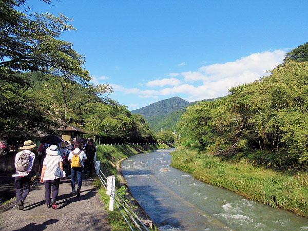 まいまい京都【八瀬】天皇の柩を担ぐ古よりの民、八瀬童子が暮らす山間の集落へ