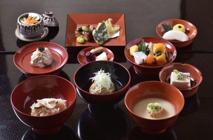 妙心寺退蔵院 秋のお食事付き特別拝観