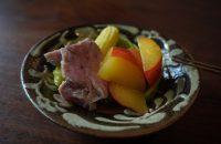 第5回 〝芒種(ぼうしゅ)〟に「すもものサラダと豚ヒレ肉のコンフィ」を
