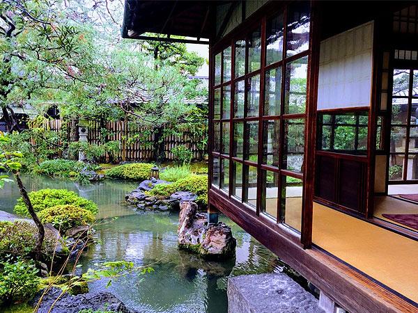 まいまい京都【ライブ配信】秘められた別邸庭園、天才庭師の革新・一から学ぶ小川治兵衛