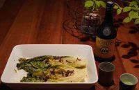 第5回〈芒種のおつまみ〉 「ロメインレタスとほたるいかのグリル」で、米焼酎を