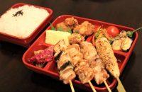 【E-TOKO深草 テイクアウトマーケット】国産地鶏にこだわった、焼鳥いいね!!の「焼鳥弁当」「チキン南蛮弁当」